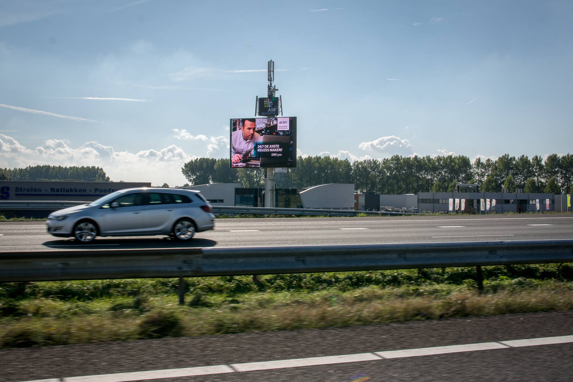 LED-reclamemast A58 Goes