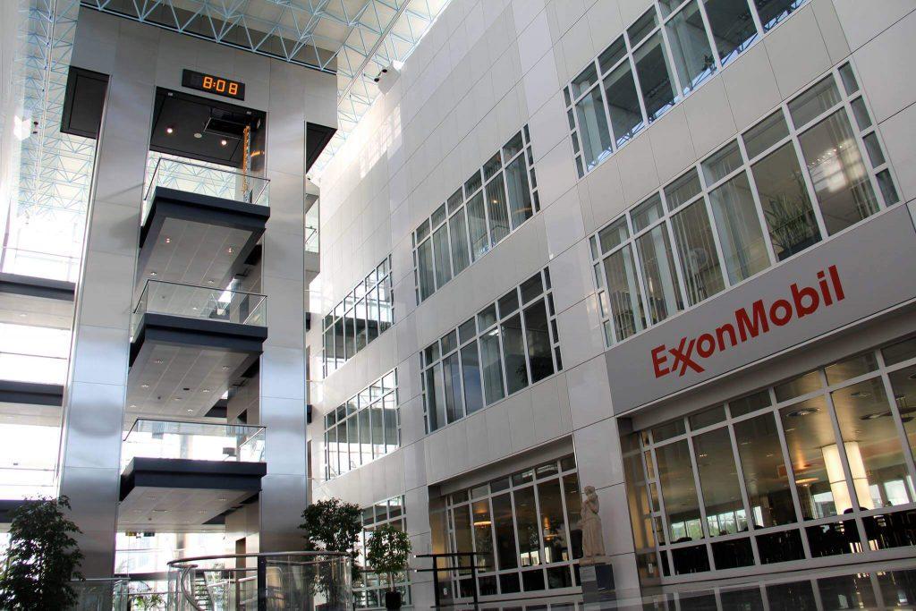 Tijddisplay ExxonMobil Benelux