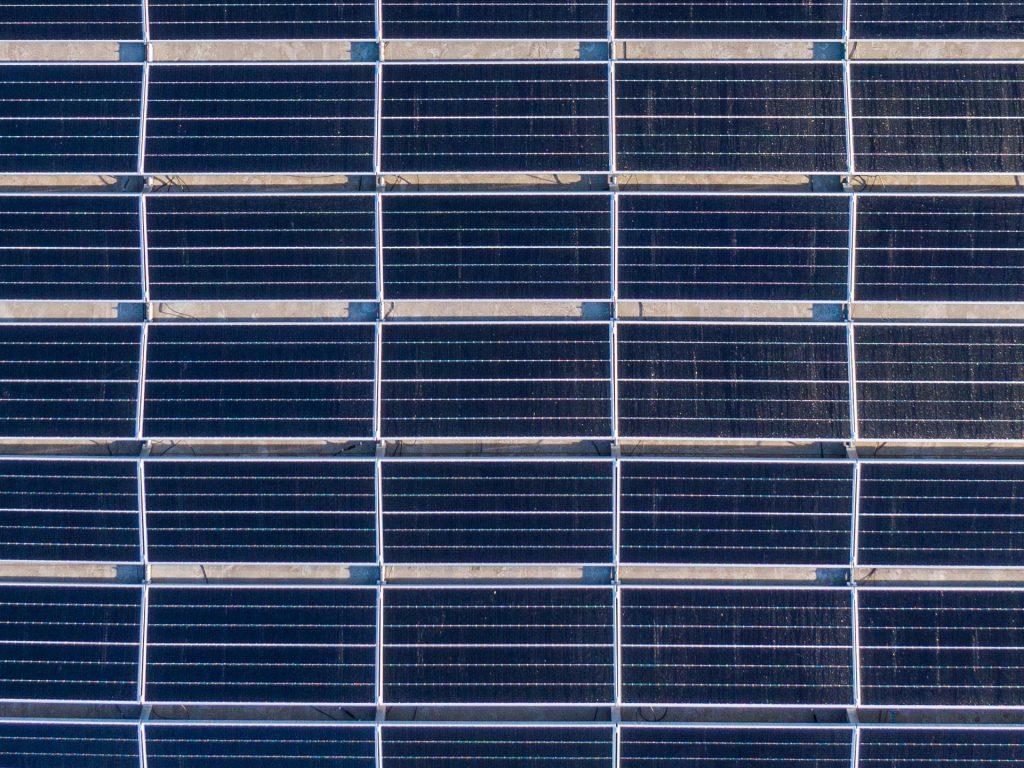 Q-lite zonnepanelen luchtfoto