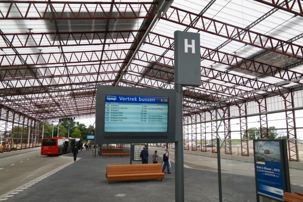 Schiphol Noord vertrektijden bussen